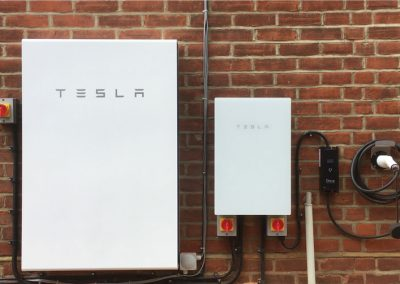 TESLA Powerwall II & Ohme electric vehicle charge point